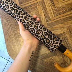 🦋 Brand New Cheetah Print Umbrella